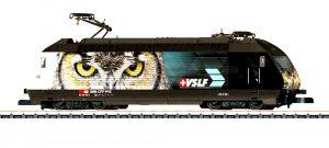 Re 460 in scala H0 nella decorazione pubblicitaria dell'Associazione dei Macchinisti Svizzeri (VSLF) by Märklin