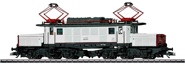 La locomotiva del Märklin Digital Day 2018 è il Coccodrillo Tedesco  BR E9 (codice 39226) con livrea dedicata.