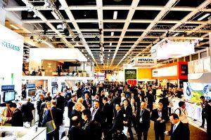 La fiera InnoTrans di Berlino: si notano gli stand di Siemens e Hitachi