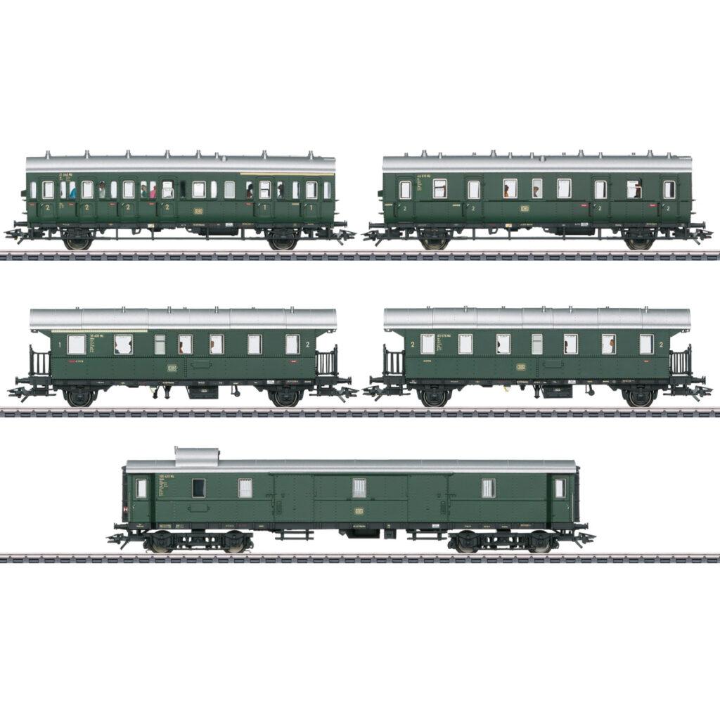 Marklin 43144 - Gruppo di carrozze passeggeri per E 44.5
